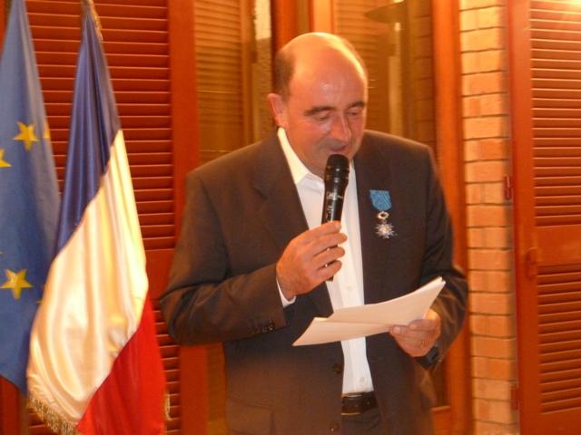 D coration d 39 olivier pezet directeur de l 39 afd for Chambre de commerce de madagascar